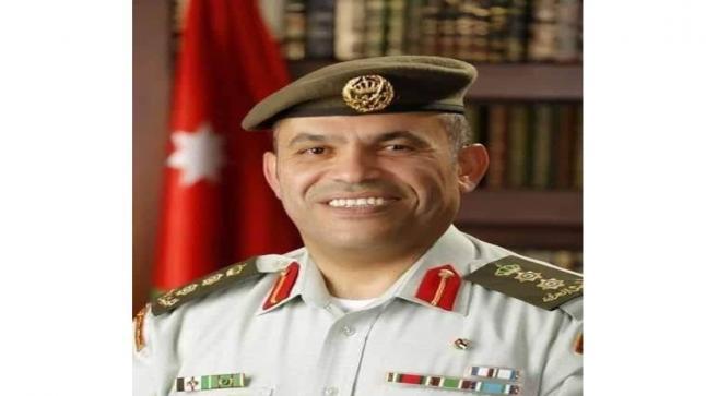 العقيد الطبيب الطرابشة يحصل على جائزة التميز الحكومي العربي لفئة أفضل موظف حكومي لعام 2020…