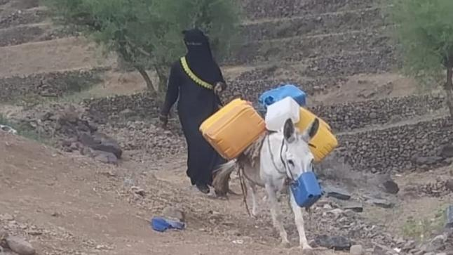 بالصورة /شاب يمني يقع ضحية أصحاب نفوذ.. أطلقوا عليه الرصاص وزوروا أوراق القضية وسجنوه … تفاصيل