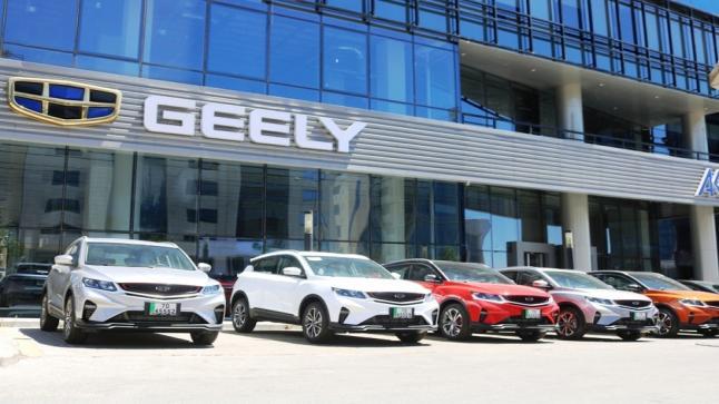 """شركة ايزي رينتال لتأجير السيارات السياحية تعزز أسطولها بسيارات فارهة من نوع""""جيلي -GEELY """"- صور وفيديو"""