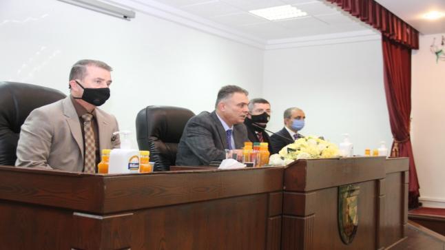 رئيس جامعة البلقاء التطبيقية يلتقي أسرة كلية الأميرة رحمة الجامعية