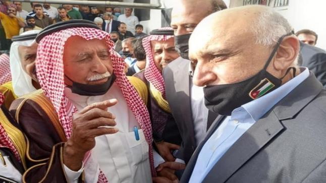 عطوة اعتراف بمقتل الربيحات مشروطة بعدم توكيل محام والاجلاء من عمان والطفيلة – فيديو