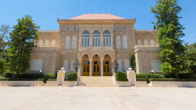 تعيين نجل احمد هليل مديرا لمكتب رئيس الديوان الملكي