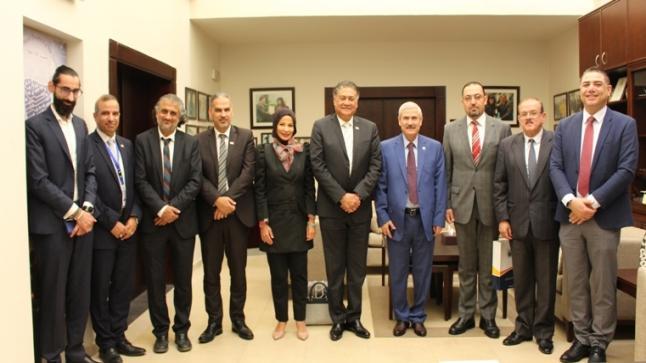وفد أكاديمي من كلية أبو ظبي للإدارة يزور جامعة الأميرة سمية للتكنولوجيا